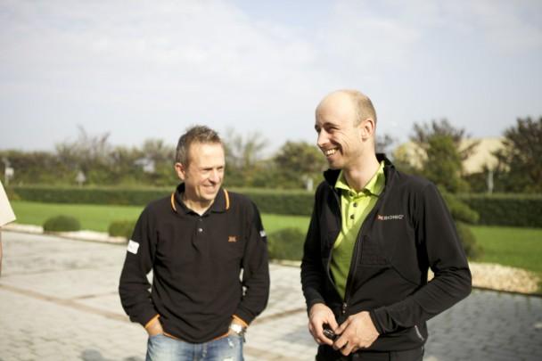 Links Giuseppe (Sieger Ötztaler Radmarathon 1990 und heute bei X-Bionic tätig) und Hannes aus der Schweiz.